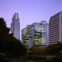 Photo - BUILDING EXTERIOR: The Union Pacific headquarters in Omaha, developed by Hines in 2004, spans 1 million square feet but is only 19 stories high because its floor plans are 50,000 square feet.  PHOTO PROVIDED BY HINES        ORG XMIT: 0804252123157467