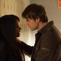 """Photo -  The Vampire Diaries -- """"A View to a Kill"""" -- Pictured (L-R): Kat Graham as Bonnie and Nathaniel Buzolic as Kol -- Image Number: VD412b_0150.jpg -- Photo: Bob Mahoney/The CW -- © 2013 The CW Network, LLC. All rights reserved."""