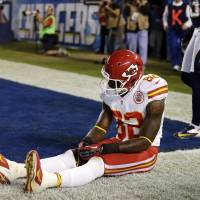 Photo -   Kansas City Chiefs wide receiver Dwayne Bowe sits after missing a pass to the end zone against the San Diego Chargers during an NFL football game, Thursday, Nov. 1, 2012, in San Diego. The Chargers won 31-13. (AP Photo/Gregory Bull)
