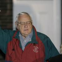 Photo - FILE - In this Nov. 7, 2007 file photo, former Illinois Gov. George Ryan leaves his home with his wife, Lura Lynn, in Kankakee, Ill., as he prepares to head to the federal correctional center in Oxford, Wis., to serve his sentence for his April 2006 conviction on racketeering and fraud charges. Ryan is scheduled to be released from a Terre Haute, Ind., prison Wednesday, Jan. 30, 2013, and enter a halfway house in Chicago. Both his wife and a brother died while he was in prison. (AP Photo/M. Spencer Green, File)