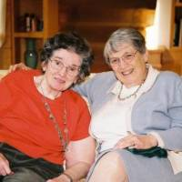 Photo - Faye Allen, right, and her late sister, Jo Grubbs  (PRNewsFoto/Vulcan Inc.)