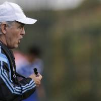 Photo - Argentina's head coach Alejandro Sabella speaks to players during a training session in Vespesiano, near Belo Horizonte, Brazil, Thursday, July 10, 2014. On Sunday, Argentina faces Germany for the World Cup final soccer match in Rio de Janeiro. (AP Photo/Victor R. Caivano)