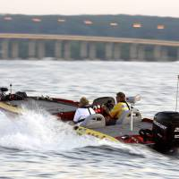 Photo - Pro angler Rick Ash leaves the docks during the 2007 Sooner Run at Grand Lake.  MATT STRASEN