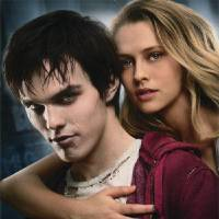 Photo - Nicholas Hoult and Teresa Palmer in a scene from