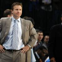 Photo - Oklahoma City Thunder head coach Scott Brooks will be honored as the 2011 Sports Headliner on April 18. Photo by Sarah Phipps, The Oklahoman  SARAH PHIPPS