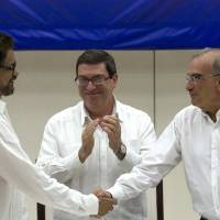 Colombia, FARC rebels reach deal to end half-century of hostilities