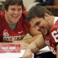 Photo - OU / COLLEGE FOOTBALL: Oklahoma's Tyler Evans (75) and Ben Habern (61) laugh while interviewing each other during a University of Oklahoma media day for the Insight Bowl at the Camelback Inn in Paradise Valley, Ariz.,  Wednesday, Dec. 28, 2011. Photo by Sarah Phipps, The Oklahoman