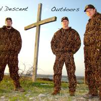 Photo - FINAL DESCENT OUTDOORS / CHURCH / RELIGION / MINISTRY / MISSION / MEN / HUNTING / CROSS: Ministries geared for hunters and people who love the outdoors are becoming popular around the state. ORG XMIT: 0908281158460597