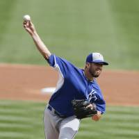 Photo - Kansas City Royals starting pitcher James Shields pitches to an Arizona Diamondbacks batter during the first inning of an exhibition spring training baseball game Wednesday, March 5, 2014, in Scottsdale, Ariz. (AP Photo/Gregory Bull)