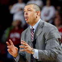 Photo - Head coach Jeff Capel directs his team during the second half of the men's college basketball game where the University of Oklahoma Sooners (OU) defeated the Missouri Tigers (MU) 66-61 at the Lloyd Noble Center on Saturday, Jan. 16, 2009, in Norman, Okla. Photo by Steve Sisney, The Oklahoman ORG XMIT: KOD