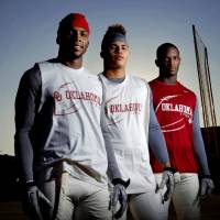 Photo - Oklahoma receivers Ryan Broyles, let, Kenny Stills, and Jaz Reynolds pose for a photo after practice in Norman, Okla., Tuesday, Oct. 18, 2011. Photo by Bryan Terry, The Oklahoman ORG XMIT: KOD