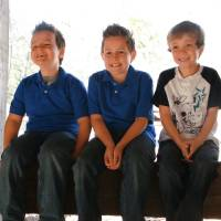 Photo - Landen Frodsham, left, Colten Frodsham and Jase Sledd are among the faces of juvenile arthritis in Oklahoma. PHOTO POVIDED BY CAROL HARTZOG COMMUNICATIONS