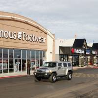 Photo - Retail studies will be presented at the Mayor's Roundtable. Pictured is Rockwell Plaza Shopping Center. Photo by Paul B. Southerland, The Oklahoman  PAUL B. SOUTHERLAND