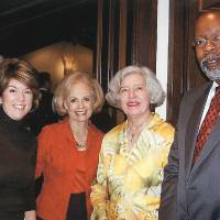 Photo - OKLAHOMA ARTS COUNCIL BOARD MEMBERS DINNER: Kym Koch Thompson, Betty Price, Jeannette Sias and Stan Evans gather for dinner in the home of Jeannette and Dick Sias. PHOTO PROVIDED ORG XMIT: 0710041850469984