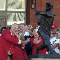 Photo - CORRECTS YEAR TO 2013 - FILE - In this Oct. 1, 2006, file photo, St. Louis Cardinals great Stan