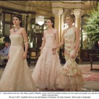 Photo -  MC-017 Grace (Selena Gomez, left), Meg (Leighton Meester, center) and Emma (Katie Cassidy) live like royalty during their very special vacation.