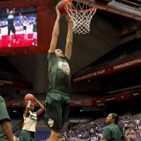 Photo - OU / WOMEN'S COLLEGE BASKETBALL / WOMEN'S NCAA TOURNAMENT: Baylor's Brittney Griner dunks the ball during practice before the Final Four of the NCAA women's  basketball tournament  in San Antonio, Texas., on Saturday, April 3, 2010.  The University of Oklahoma will play Stanford on Sunday, April 4, 2010.  Photo by Bryan Terry, The Oklahoman ORG XMIT: KOD