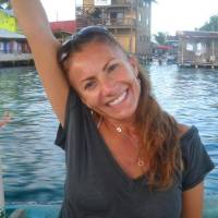 Photo -   This undated photo released by Michelle Faust, sister of Yvonne Lee Baldelli, shows Yvonne Lee Baldelli in Bocas del Toro, Panama. Panamanian and U.S. authorities are working to find the missing U.S. tourist, originally from California, who arrived to Panama in Sept. 2011 with her boyfriend Brian Brimager, according to police. (AP Photo/Michelle Faust)