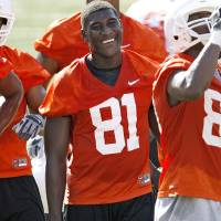 Photo - OSU's Justin Blackmon laughs during Oklahoma State University college football practice at Boone Pickens Stadium in Stillwater, Okla., Wednesday, August 5, 2009. Photo by Bryan Terry, The Oklahoman ORG XMIT: KOD