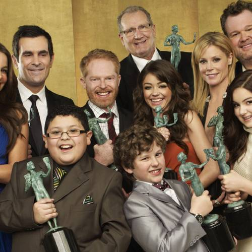 """(EXCLUSIVE, Premium Rates Apply) (Exclusive Coverage) The cast of """"Modern Family"""" pose for a portrait at the TNT/TBS broadcast of the 17th Annual Screen Actors Guild Awards held at The Shrine Auditorium on January 30, 2011 in Los Angeles, California. 20823_002_254_R.jpg *** Local Caption ***"""