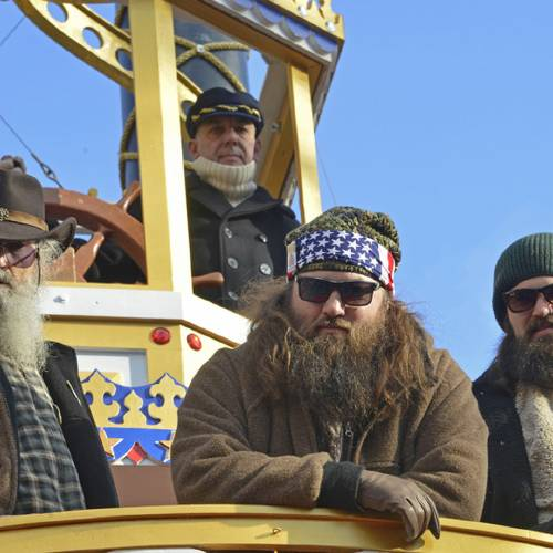 NEW YORK, NY - NOVEMBER 28: A&E Duck Dynasty-Phil Robertson, Willie Robertson and Jase Robertson attend the 87th annual Macy's Thanksgiving Day parade on November 28, 2013 in New York City. (Photo by Eugene Gologursky/WireImage)