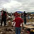 A group from OU athletics helped in the Heatherwood neighborhood of Moore on Saturday. PHOTO BY BERRY TRAMEL, THE OKLAHOMAN KOD