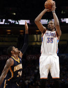 OKC Thunder: Kevin Durant dishes out more than Paul George can handle