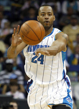 Photo - Newly acquired guard Morris Peterson wants to play in Oklahoma City. AP PHOTO