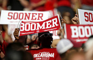 Photo - Fans wait for college football game between the University of Oklahoma Sooners (OU) and the West Virginia University Mountaineers at Gaylord Family-Oklahoma Memorial Stadium in Norman, Okla., on Saturday, Sept. 7, 2013. Photo by Bryan Terry, The Oklahoman