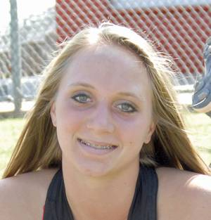 Photo - Jayden Chestnut, Mustang high school softball player