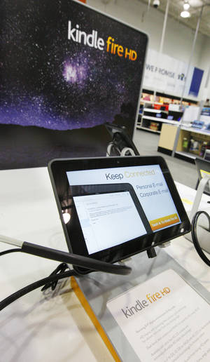 Photo - An Oklahoma City Best Buy store display for the Kindle Fire, one of the recommended gifts for mom this Mother's Day. <strong>PAUL B. SOUTHERLAND - THE OKLAHOMAN</strong>