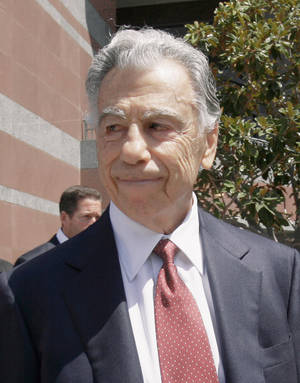 photo - Kirk Kerkorian