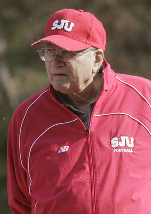 photo -   FILE - This Oct. 6, 2006 file photo shows St. Johns University head football coach John Gagliardi during football practice in Collegeville, Minn. Gagliardi, the winningest coach in college football history, is retiring from Division III St. John's University in Minnesota. Gagliardi announced his decision on the team website on Monday, Nov. 19, 2012. (AP Photo/Jim Mone, File)