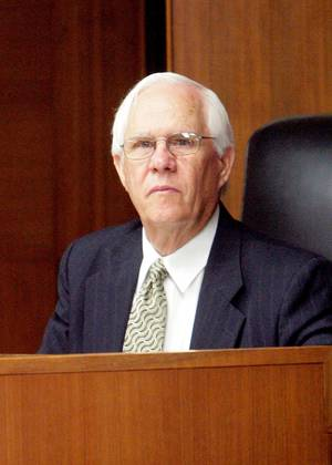 photo - District Judge Ray Dean Linder, shown in 2007 &lt;strong&gt;Lynn L. Martin&lt;/strong&gt;
