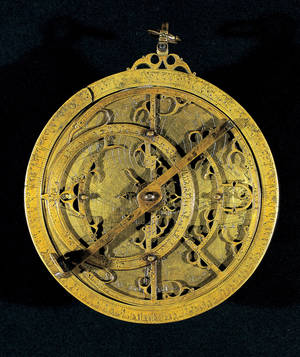 """Photo - This image provided by the Dallas Museum of Art shows Planispheric Astrolabe from Spain made from cast and engraved brass. It is among 150 rare Islamic works of art and scientific objects that explore the use and meaning of light on exhibit at the Dallas Museum of Art.  """"Nur: Light in Art and Science from the Islamic World"""" opened over the weekend. Nur is the Arabic word for light. (AP Photo/Dallas Museum of Art)"""