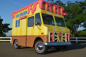 photo - Roxy's Ice Cream Social truck. PHOTOS PROVIDED