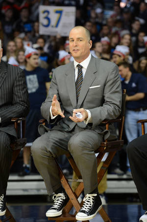 Photo - Jay Bilas on the set of ESPN College GameDay. (Photo by Allen Kee / ESPN Images) <strong>Allen Kee - Allen Kee</strong>