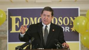 Photo - Drew Edmondson, Oklahoma attorney general, announces his plans to run for governor in 2010 today. Photo by Steve Gooch