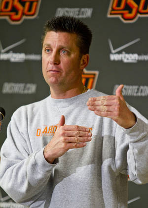 photo - OSU COLLEGE FOOTBALL / FIESTA BOWL PRESS CONFERENCE: Head Coach Mike Gundy at the Oklahoma State University Cowboys press conference on Dec. 19th, 2011 at Boone Pickens Stadium in Stillwater, Okla. Photos by Mitchell Alcala/ For The Oklahoman ORG XMIT: KOD