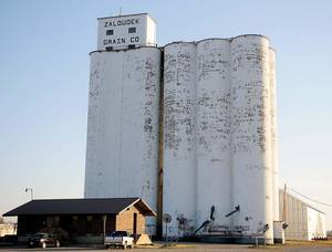 Photo - Zaloudek Grain Co. elevator in Kremlin. (Enid News & Eagle photo)