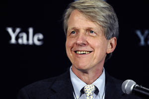 Photo - Economist, author and Yale University professor Robert Shiller smiles at a news conference, Monday, Oct. 14, 2013, in New Haven, Conn. Americans Shiller, Eugene Fama and Lars Peter Hansen have won the Nobel prize in economics. (AP Photo/Jessica Hill)