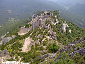 Photo -  The ruins of Peyrepetuse, a ruined Cathar castle in southern France, delight visitors. Photo courtesy of Fyllis Hockman.