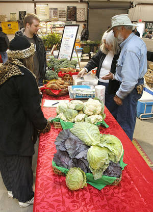 Photo - OSU-OKC features a weekly Farmers Market on its campus in  Oklahoma City.