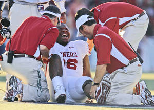 Photo - An injury at Washington kept OU defensive tackle DeMarcus Granger out for the rest of the season.  (Photo by Nate Billings, The Oklahoman)