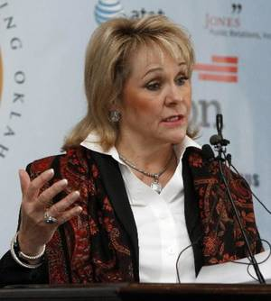 photo - Gov. Mary Fallin announces the state&#039;s response to the federal mandate upon the states to implement health care exchanges, during a press conference in the Blue Room of the state Capitol in Oklahoma City, OK, Monday, November 19, 2012, Photo by Paul Hellstern