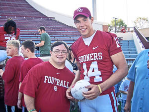 Photo - Right: Sam Bradford