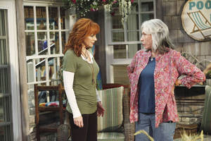 "Photo - From left, Oklahoma native Reba McEntire and Lily Tomlin star in the new sitcom ""Malibu Country,"" premiering at 7:30 p.m. Friday on ABC. ABC photo. <strong>Nicole Wilder</strong>"