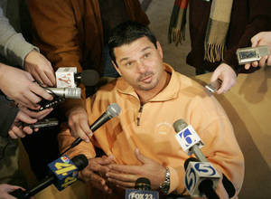 photo - OSU / COLLEGE FOOTBALL: Assistant coach Joe DeForest talks about the upcoming Holiday Bowl football game with the Oregon Ducks during a media luncheon in Stillwater , Okla. December 17, 2008.  BY STEVE GOOCH, THE  OKLAHOMAN.  ORG XMIT: KOD