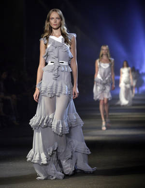 Photo -   The Prabal Gurung Spring 2013 collection is modeled during Fashion Week in New York, Saturday, Sept. 8, 2012. (AP Photo/Richard Drew)