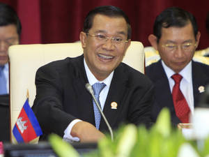 photo -   FILE - In this April 3, 2012 file photo, Cambodian Prime Minister Hun Sen speaks during an opening a plenary session at the 20th ASEAN Summit at the Peace Palace, in Phnom Penh Cambodia. The Asia&#039;s longest serving ruler has set what appears to be a personal record for his longest public speech: 5 hours and 20 minutes. Cambodian Prime Minister Hun Sen spoke to the lower house of parliament in a nationally televised speech Thursday, Aug. 9, 2012, that was mandatory viewing for civil servants. (AP Photo/Heng Sinith, File)  